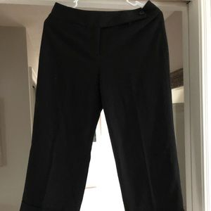 Ann Taylor Cropped black trousers cuffed